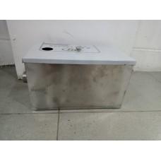 Grease Oil Interceptor Trap Filter 350 x 200 x 200 mm 14 Liter ( Reject Stock )